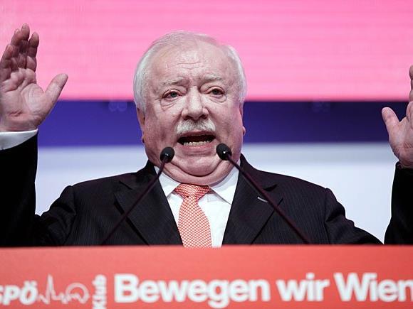 """Häupl bei der Klubtagung der SPÖ Wien unter dem Motto """"Bewegen wir Wien - Mutig. Menschlich. Miteinander."""""""