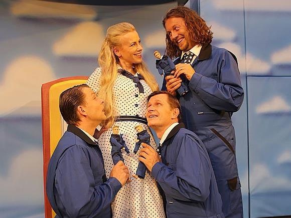 """""""Die Drei von der Tankstelle"""" im Theater Akzent"""
