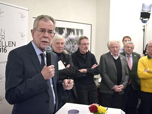 Bundespräsidentschaftskandidat und Ex- Grünen- Parteichef Alexander Van der Bellen am Mittwoch bei der Präsentation