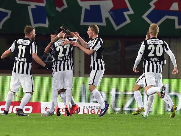 Jubel der Admira Spieler zum 0:1 gegen Rapid Wien