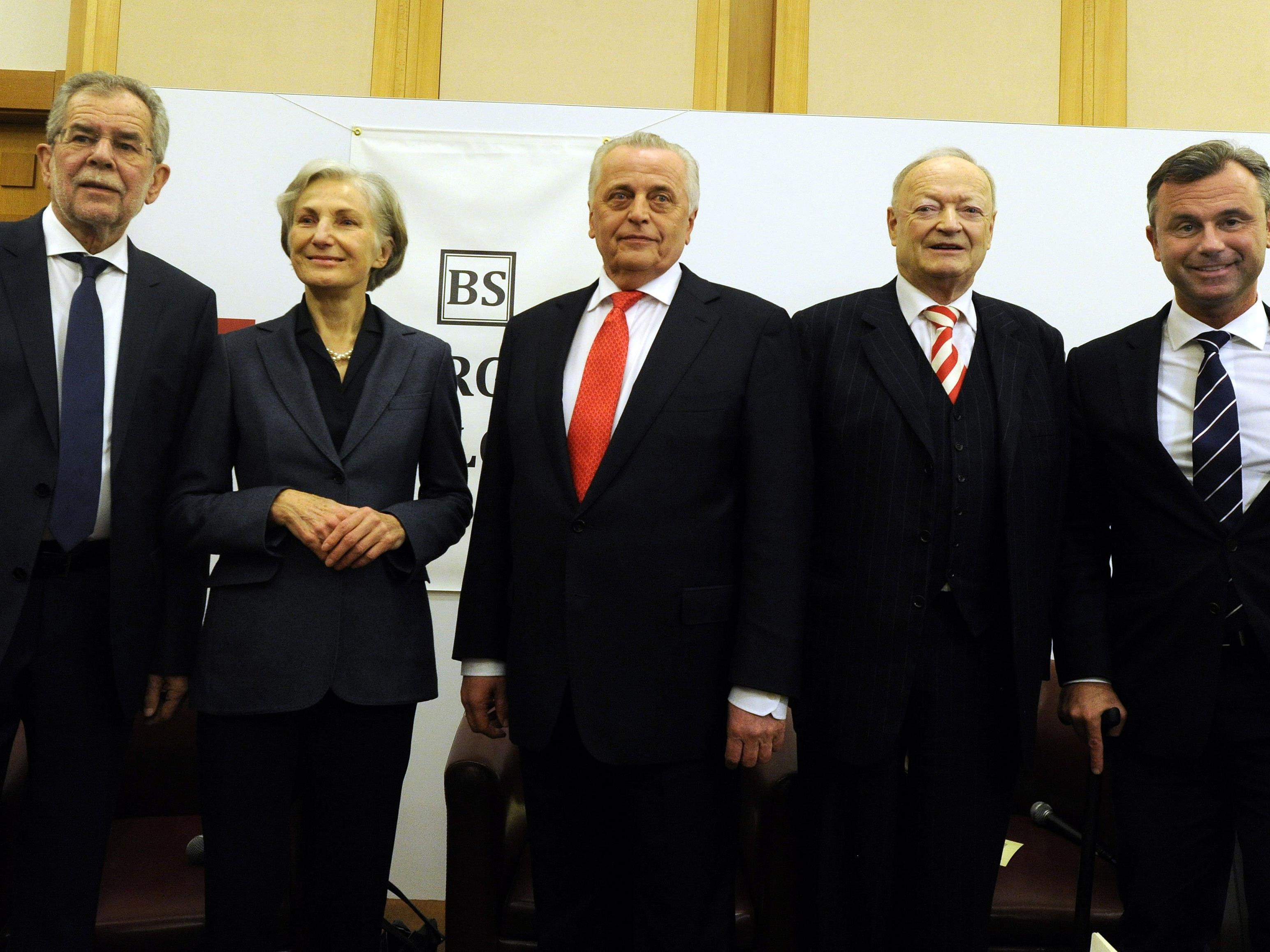 Die Bundespräsidentschaftskandidaten am Freitag in der Diplomatischen Akademie in Wien.