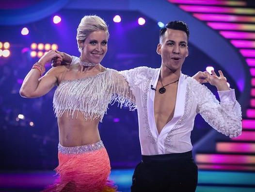 Heidi Neururer & Andy Pohl: Hips Don't Lie (Samba), sind ausgeschieden