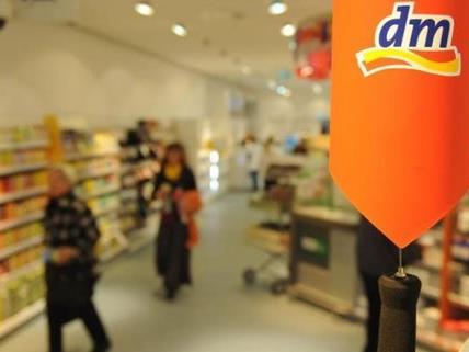 Die Drogeriemarktkette dm möchte rezeptfreie Medikamente anbieten.