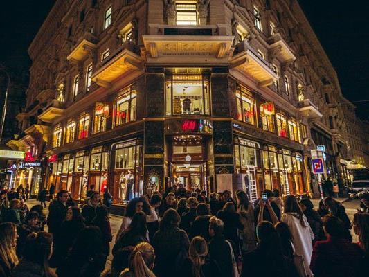 H&M am Graben hat wieder eröffnet,