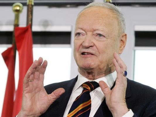 """Andreas Khol fordert mehr Geld fürs Heer - """"für den Grenzschutz""""."""
