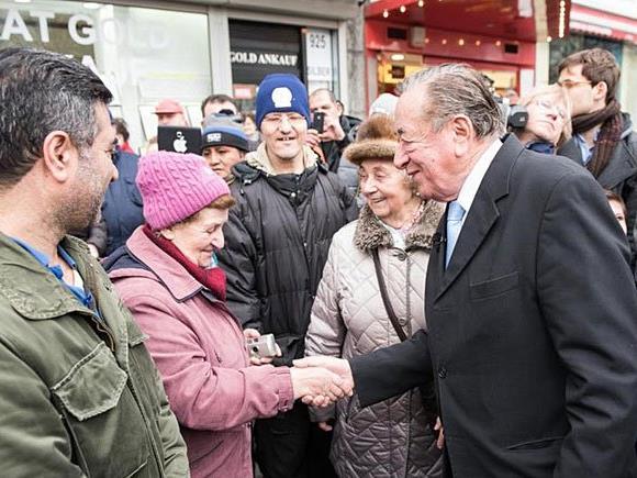 Noch einmal findet sich Richard Lugner am Dienstag am Viktor-Adler-Markt ein