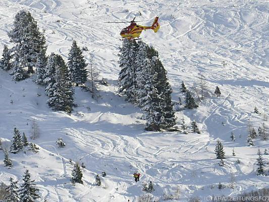 Rettungseinsatz nach Lawinenabgang in St. Anton im Jänner 2015
