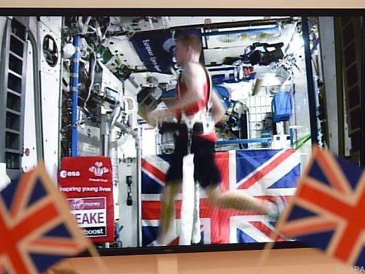 Astronaut Tim Peake lief Marathon im All mit