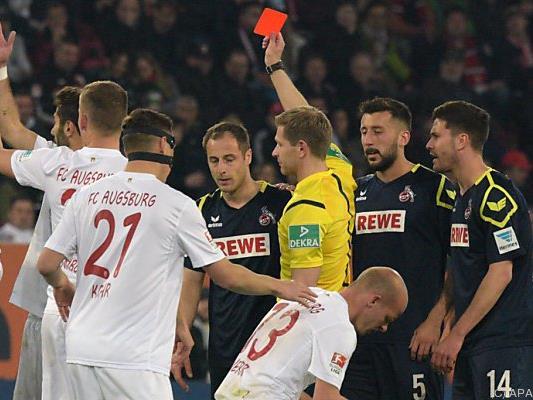 Köln spielte eine halbe Stunde in Unterzahl