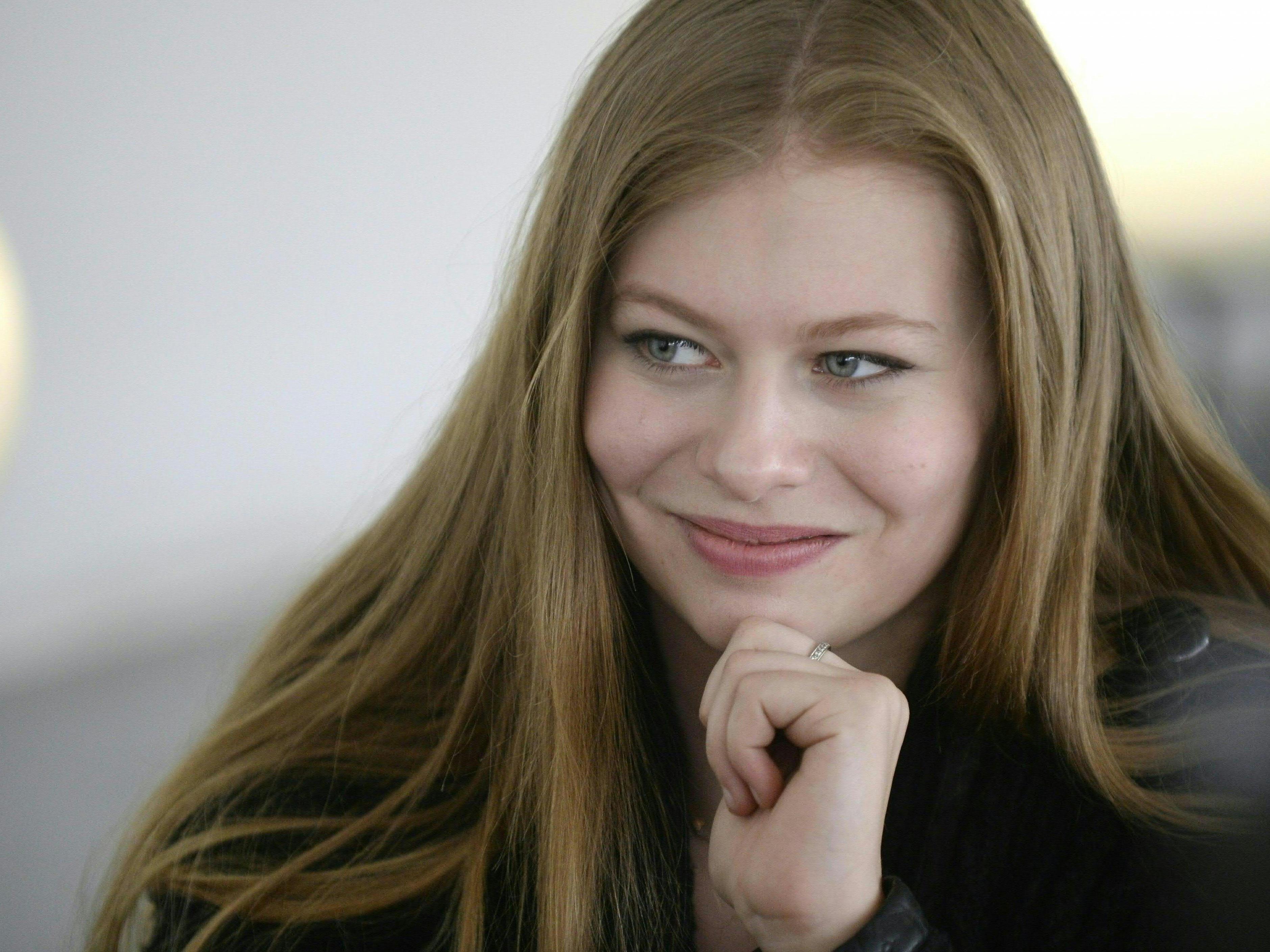 Zoe wird Österreich beim Eurovision Song Contest 2016 vertreten.