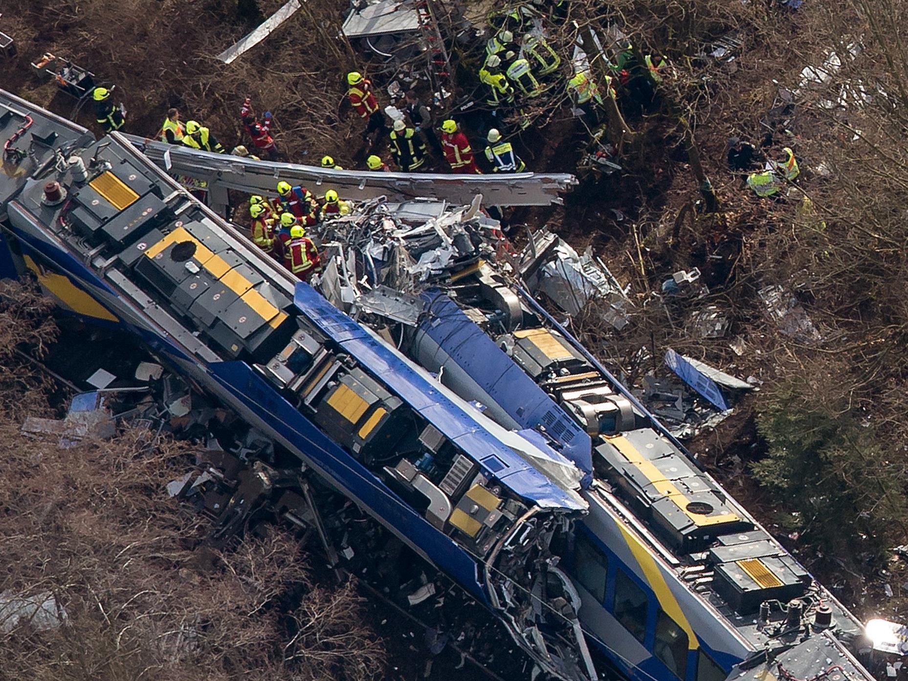 Elf Tote am 9. Februar - Bahnbediensteter soll durch Computerspiel abgelenkt gewesen sein.