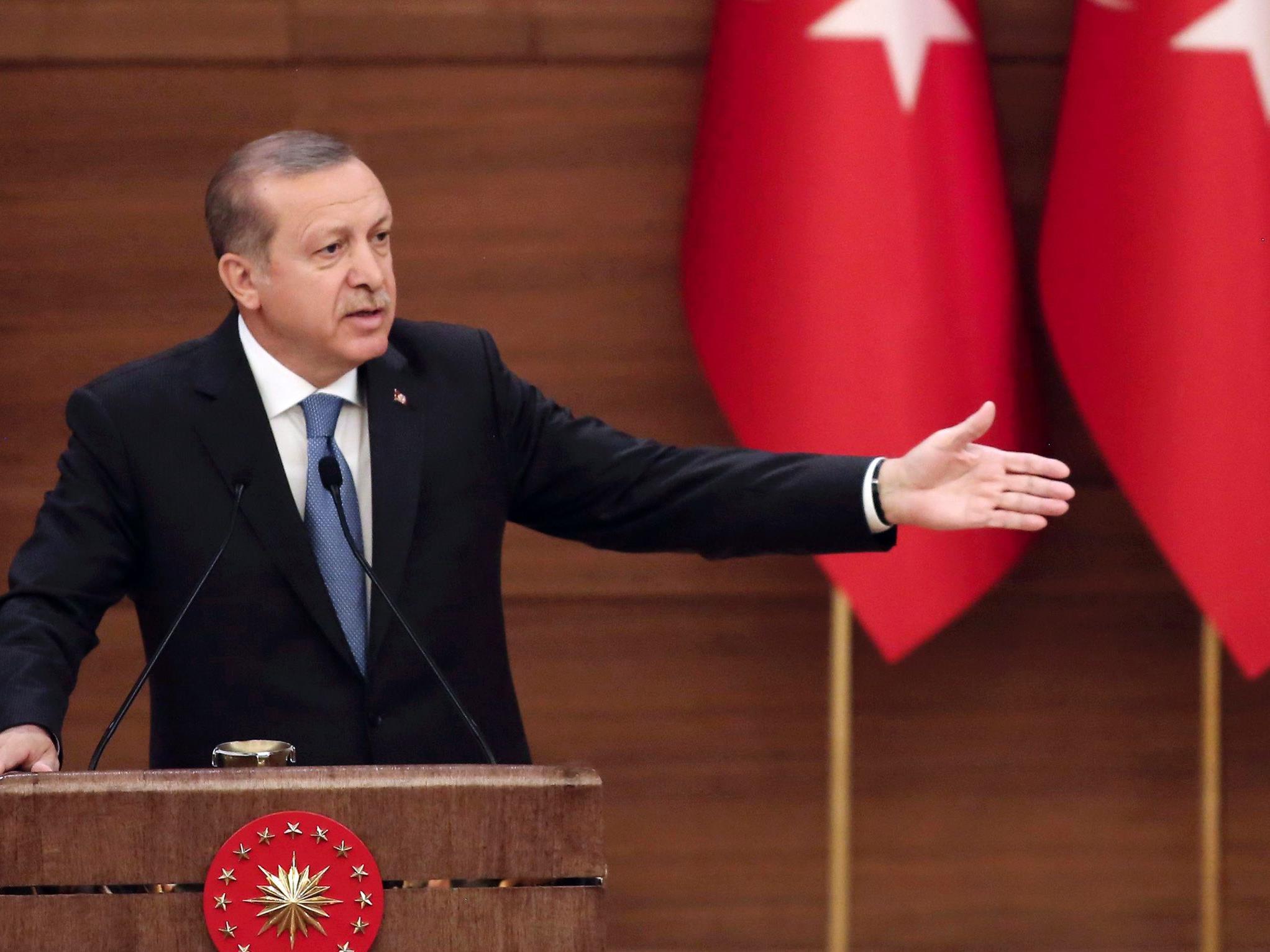 Der türkische Präsident Recep Tayyip Erdogan veranlasst immer wieder die Abschiebung von Journalisten.