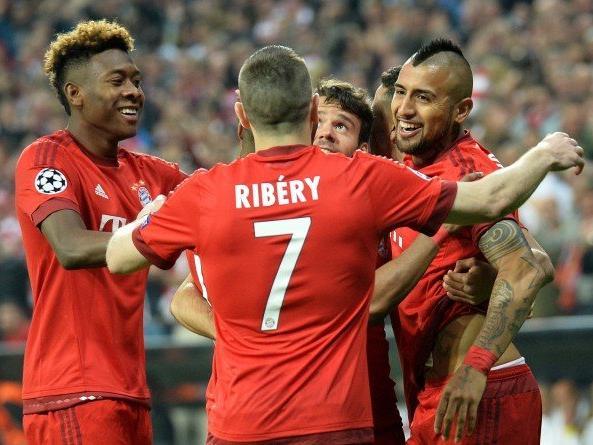 Alaba, Ribery und Co. jubeln über einen verdienten 1:0-Heimsieg.