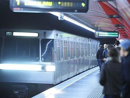 In der U-Bahn-Station am Schwedenplatz kam es zu einem Feuerwehr-Einsatz