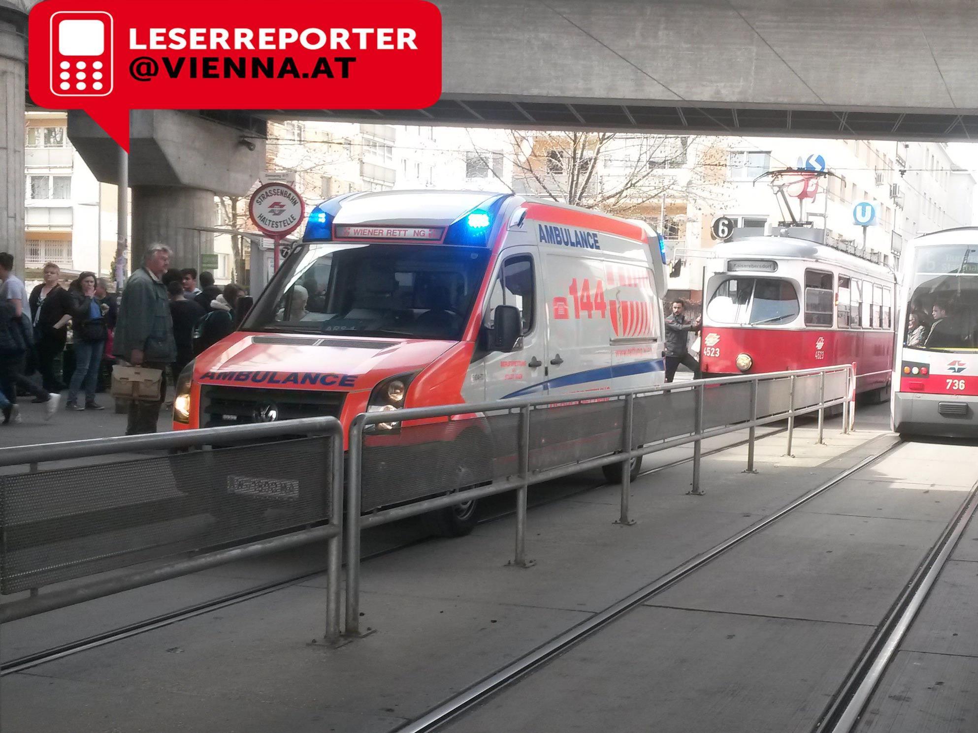 Beim Rettungseinsatz in Wien-Simmering.