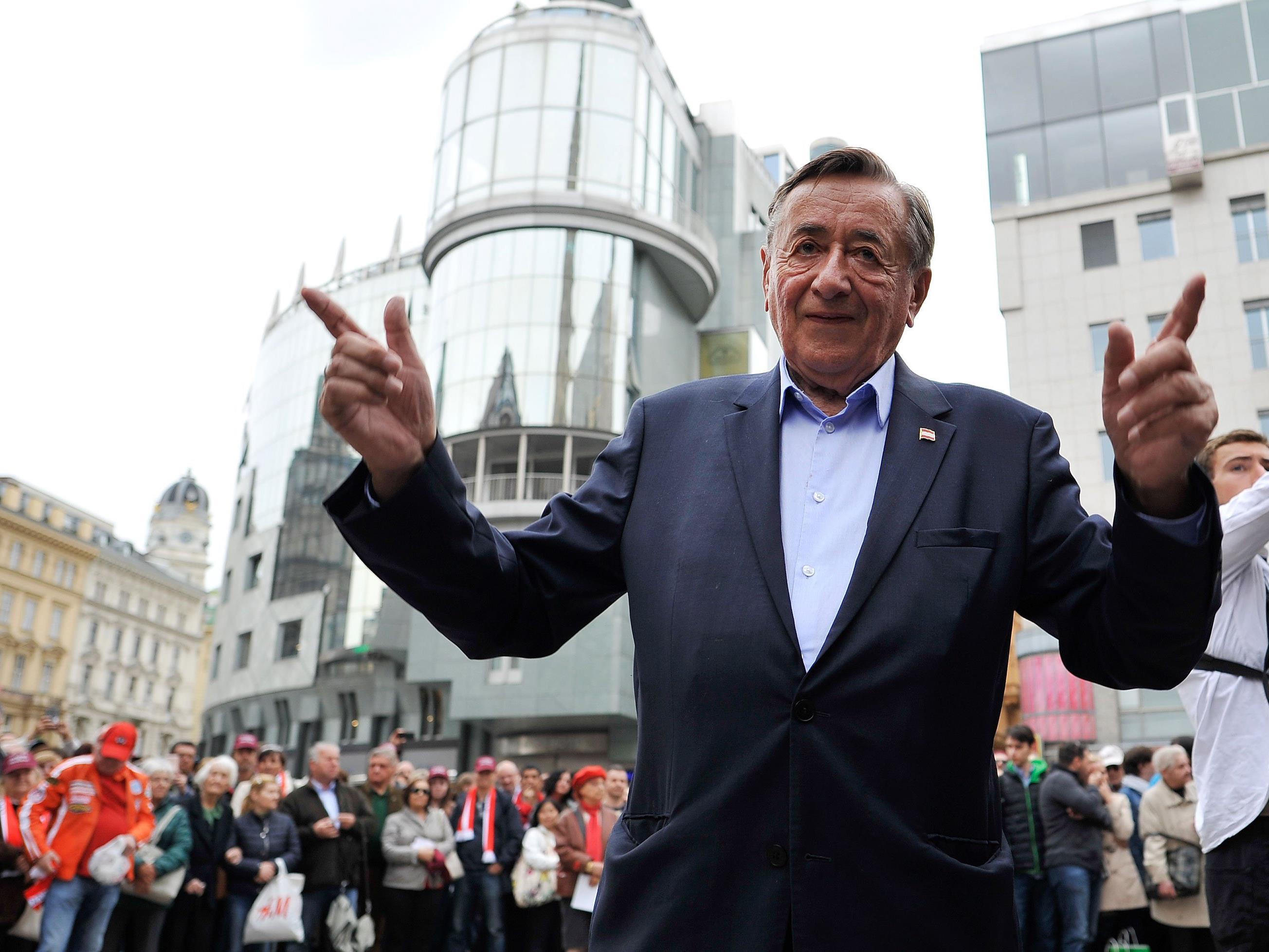 Richard Lugner beim Wahlkampf-Finale.