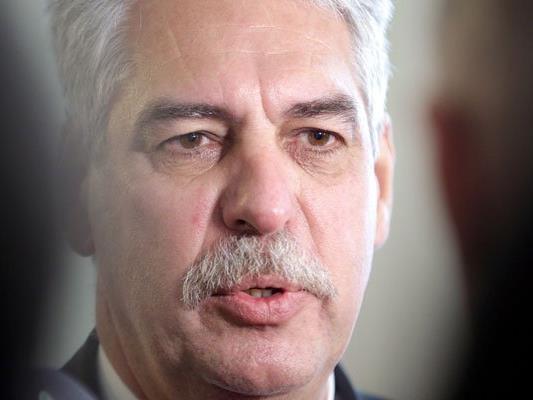 Finanzminister Hans Jörg Schelling äußerte sich zur ÖVP-Rochade