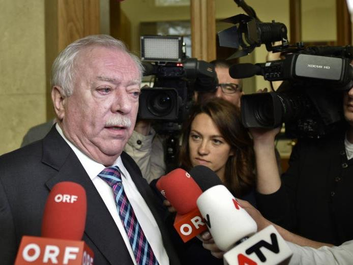 Bürgermeister Michael Häupl im Rahmen des SPÖ-Parteipräsidiums.