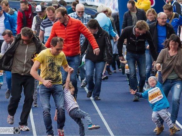 Falscher Ehrgeiz: Eltern zerren Kinder ins Ziel.