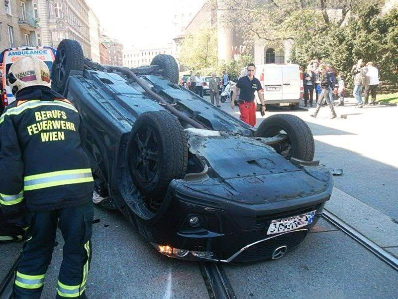Filmreifer Verkehrsunfall in Leopoldstadt.