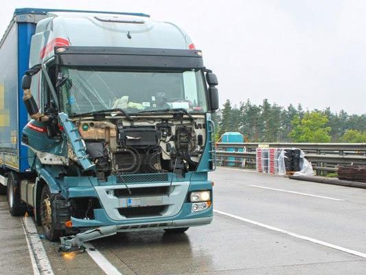 Schwerer Unfall auf der A2 bei Seebenstein