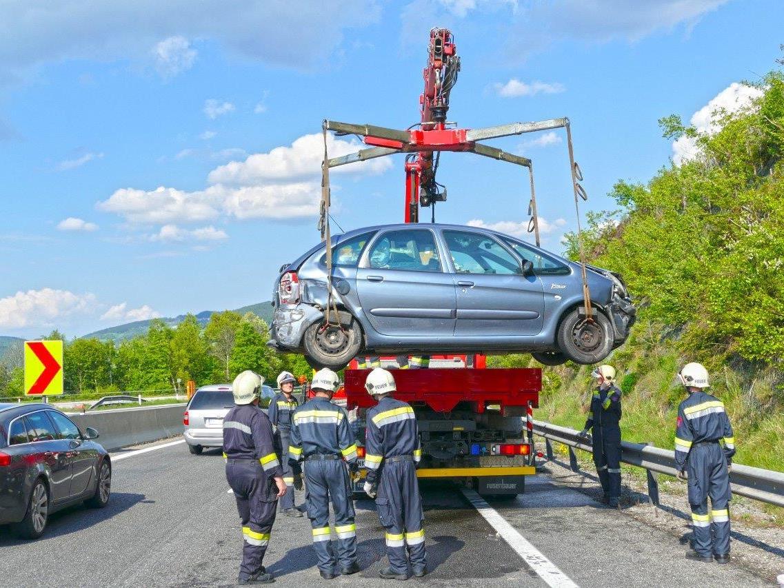 Zwei Kilometer Stau nach Unfall auf der A2 am Samstagnachmittag.