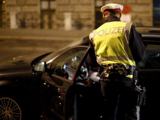 Die 24-jährige Alko-Lenkerin wurde festgenommen.