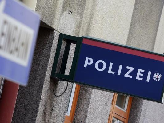 Der 15-Jährige wollte sich in der Polizeistation selbst anzünden.