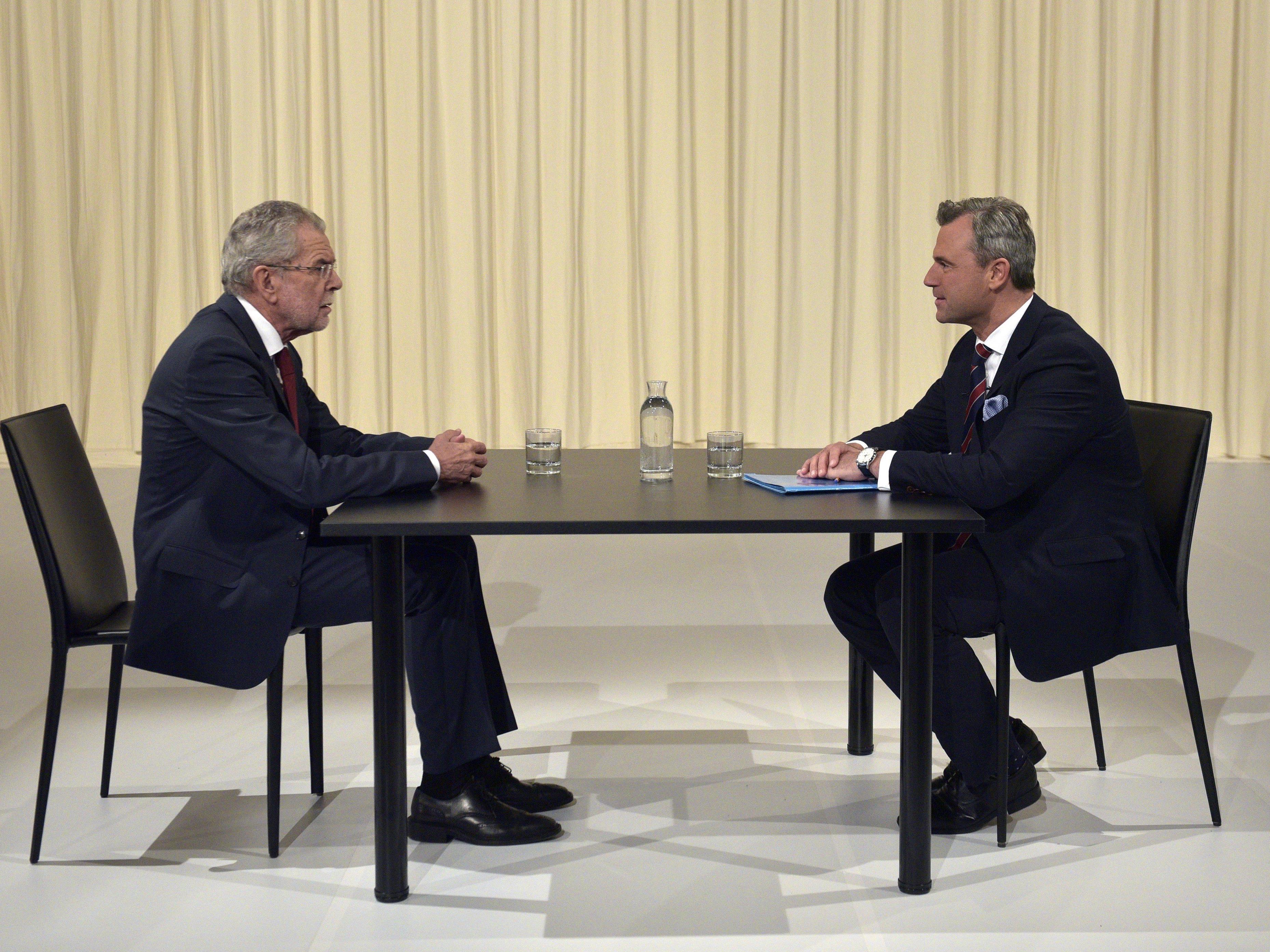 Die Präsidentschaftskandidaten Alexander Van der Bellen und Norbert Hofer.