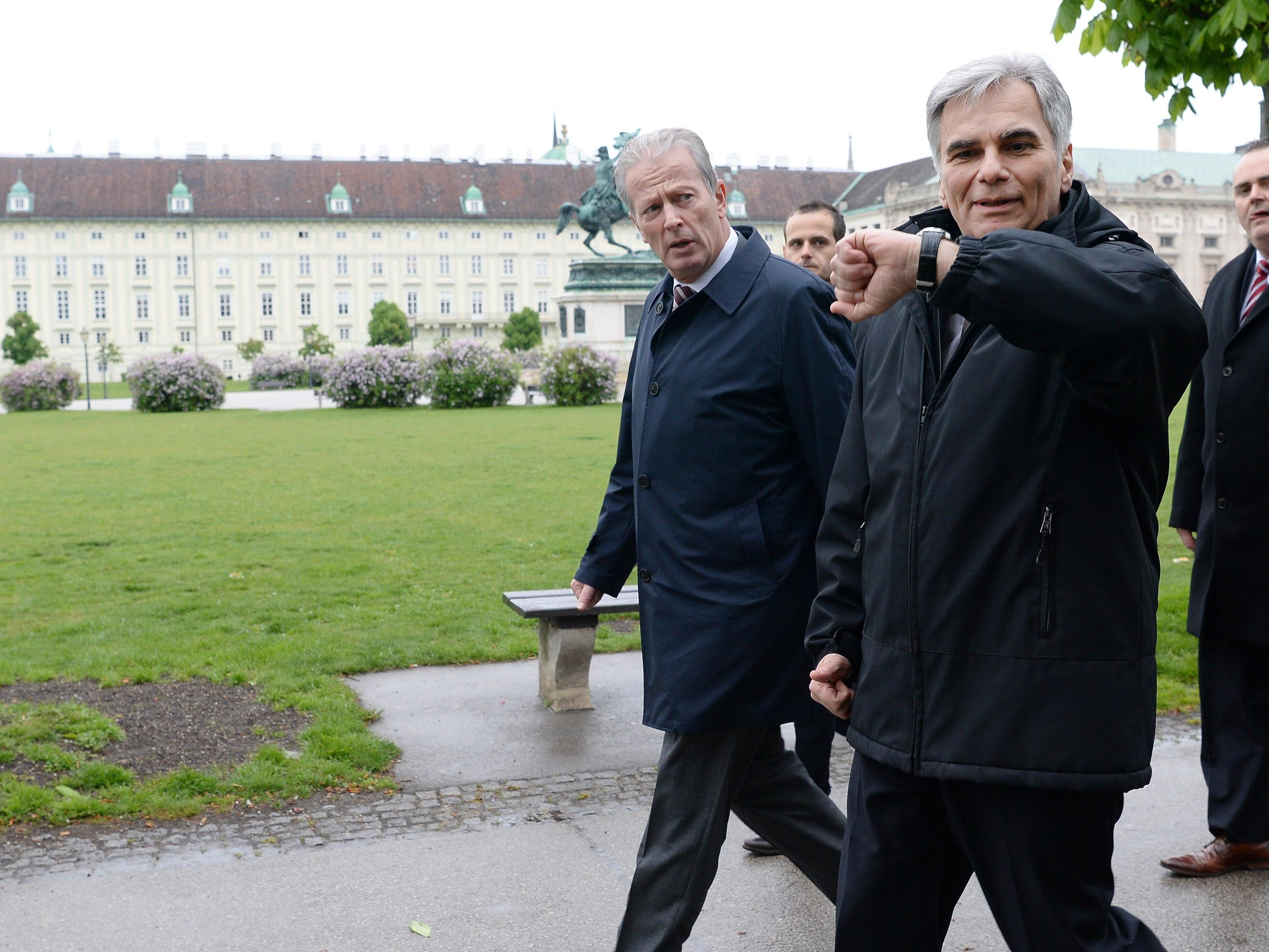 Analyse zum Rücktritt von Bundeskanzler Werner Faymann.