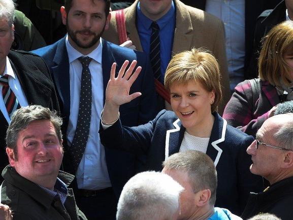 Die schottischen Nationalisten und Unabhängigkeitsbefürworter um Parteichefin Nicola Sturgeon errangen bei den Regionalwahlen am Donnerstag die meisten Sitze.