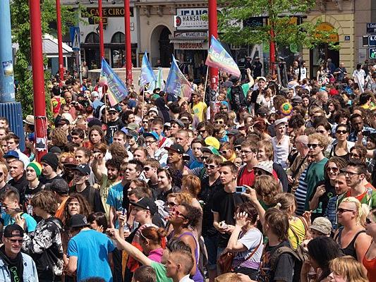 Beim Hanfwandertag, der regelmäßig in Wien stattfindet