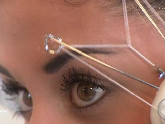 Fünf Beauty-Gadgets mussten im Anwendungstest überzeugen.