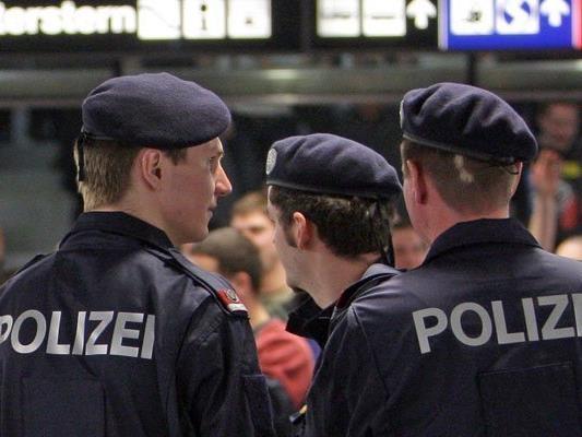 Erneut ein Polizeieinsatz beim Praterstern.
