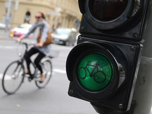 Eine Radfahrerin verunglückte in Wien-Penzing