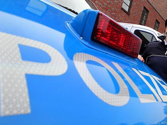 Die deutsche Polizei stoppte den 23-jährigen Lenker