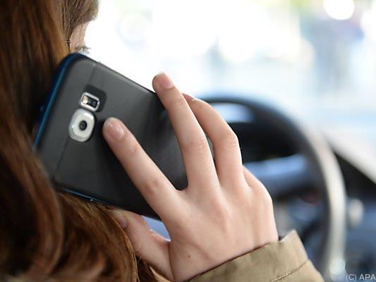 Auch das Handy ist eine Ablenkung