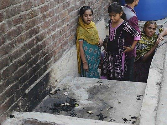 Nur Tage zuvor wurde ein Mädchen angeblich von seiner Mutter verbrannt