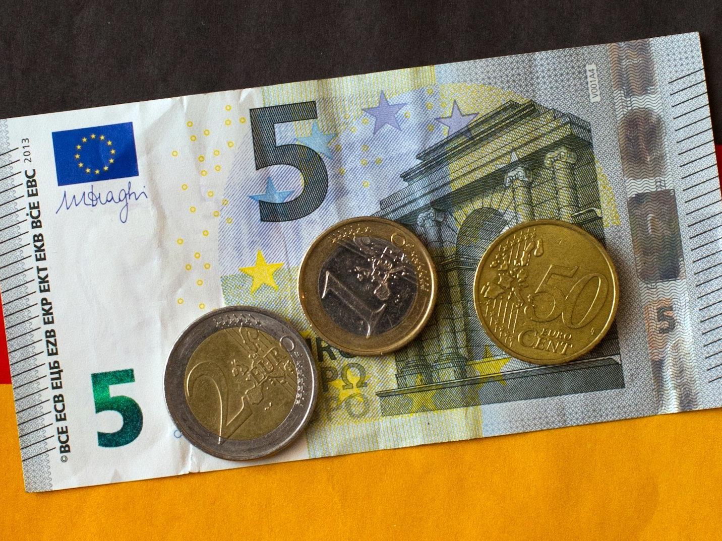 Der Mindestlohn beträgt in Deutschland 8,50 Euro/Stunde