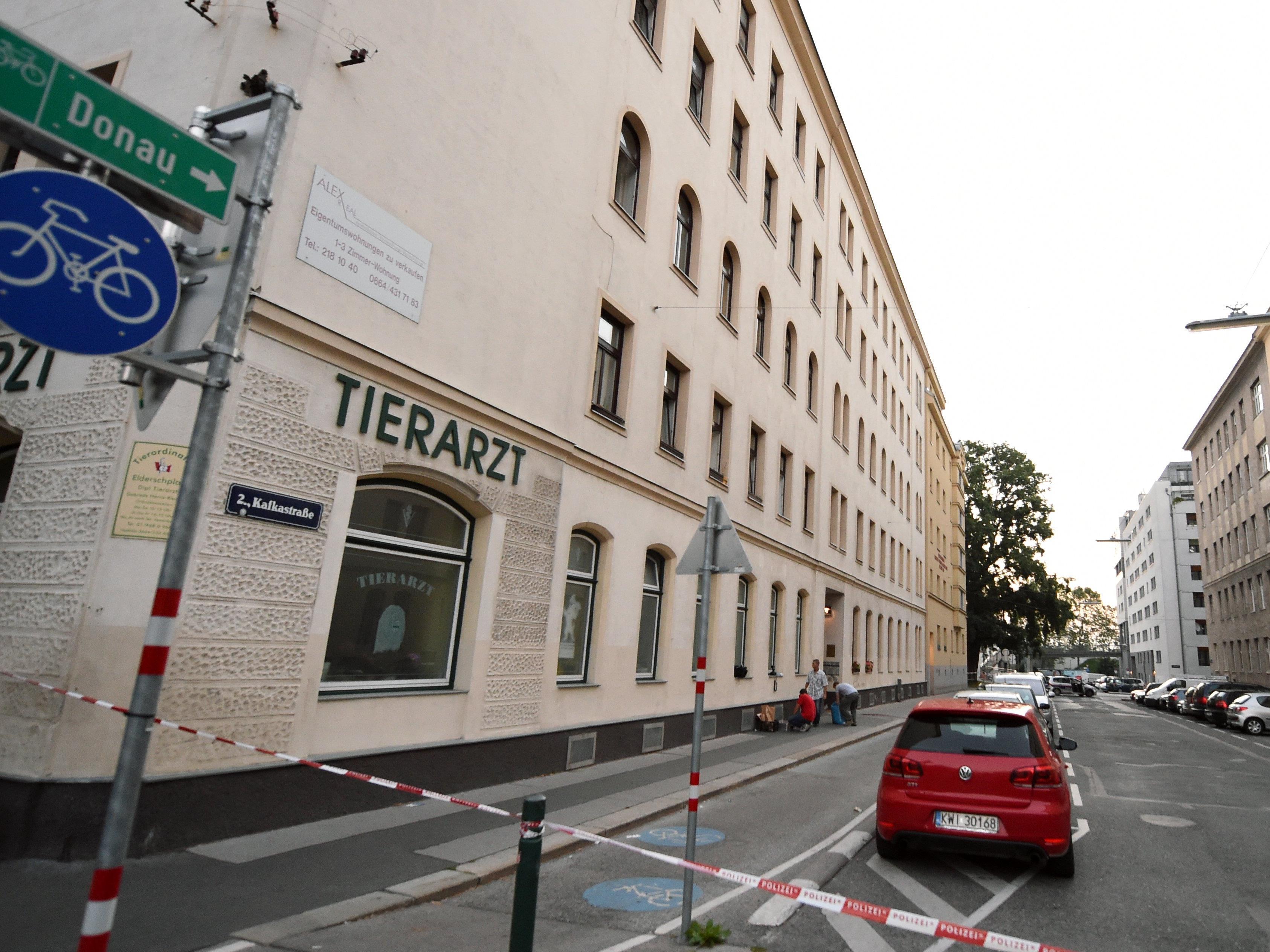 50-Jähriger in Wien-Leopoldstadt auf offener Straße erschossen.