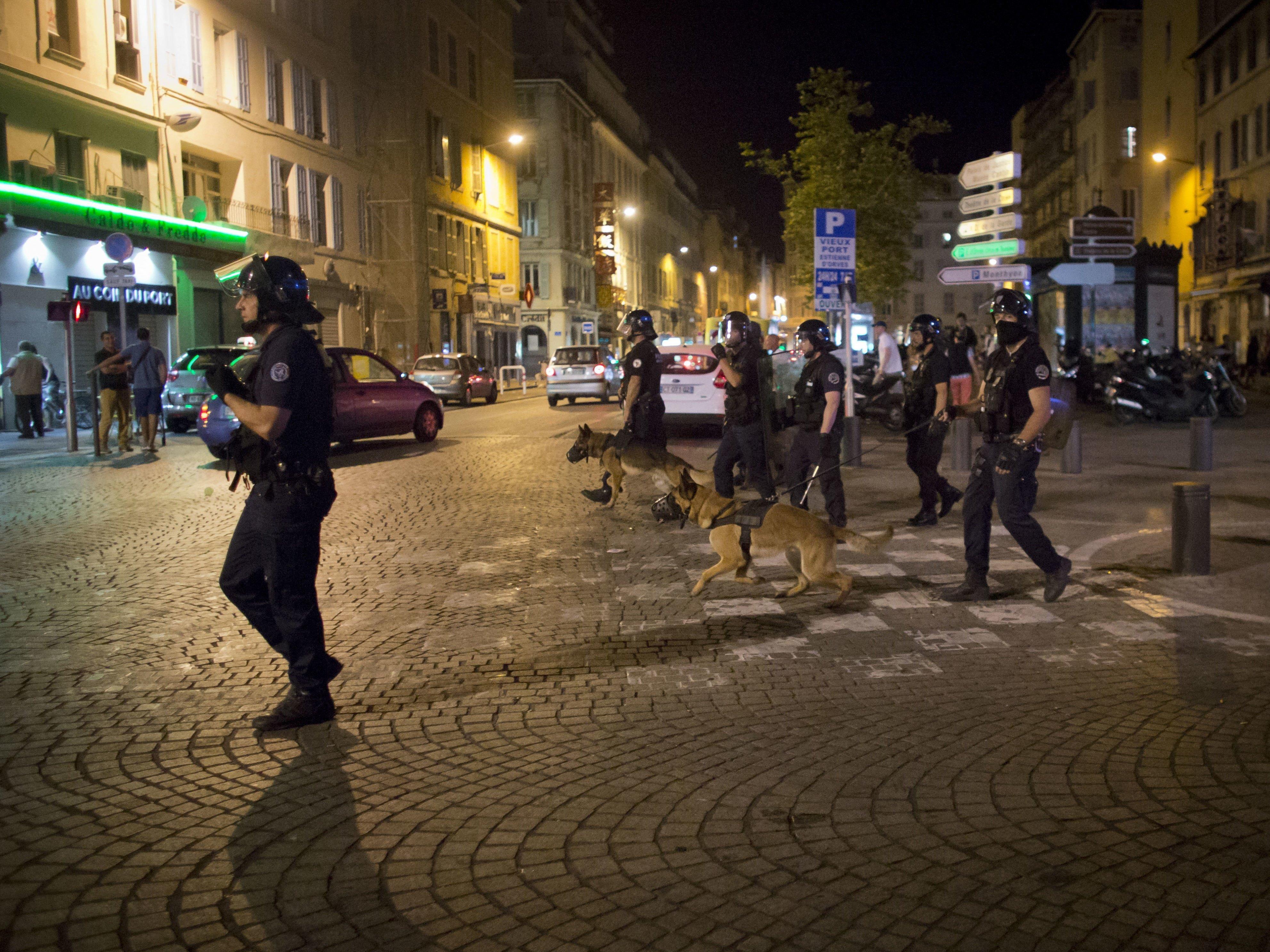 Polizei setzte Tränengas ein.