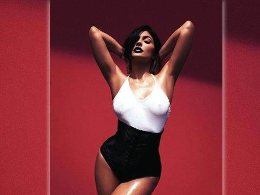 Kylie Jenner (18) wirbt mit diesem Foto für ihre neue Kosmetiklinie.