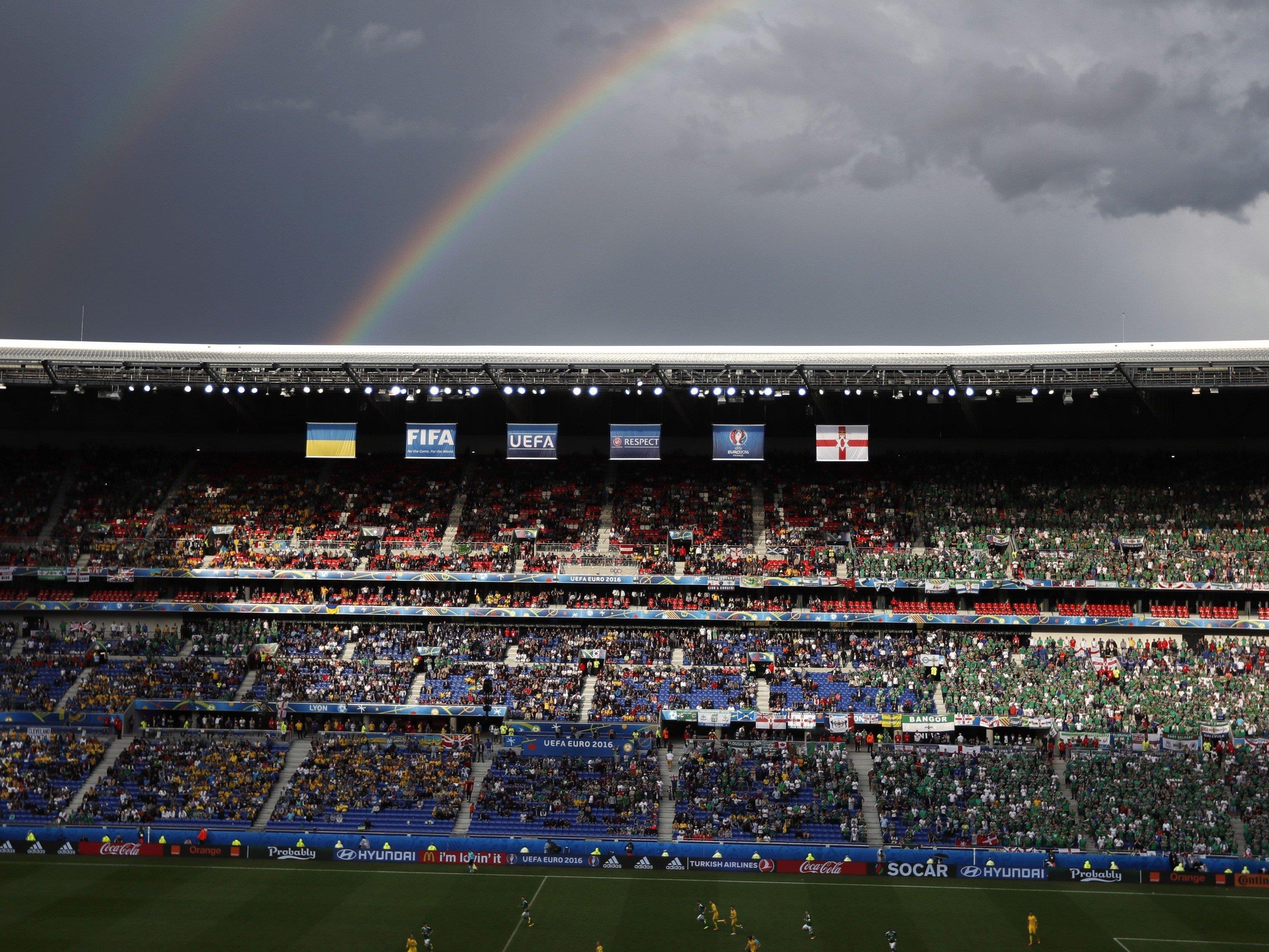 Ein 64-jähriger Nordirland-Fan verstarb im Stade de Lyons.
