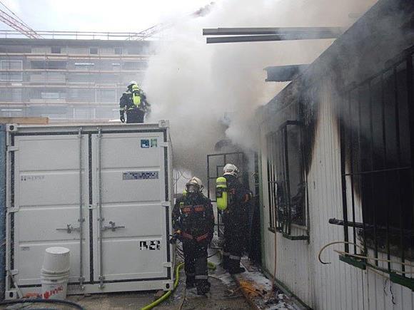 Einsatz beim Baustellenbrand in Meidling