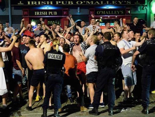 Die englischen Fans trieben es in Marseille zu bunt.