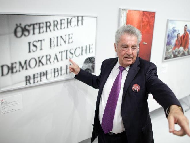 Heinz Fischer machte gleich selbst einen Besuch in der Galerie.