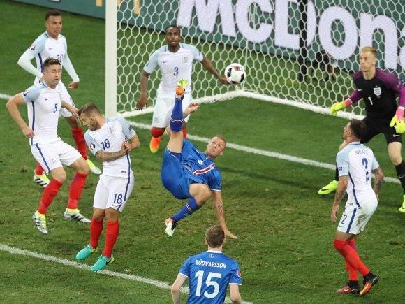 Island kickte england aus der EM - und Gudmundur Benediktsson rastete erneut vor Freude aus