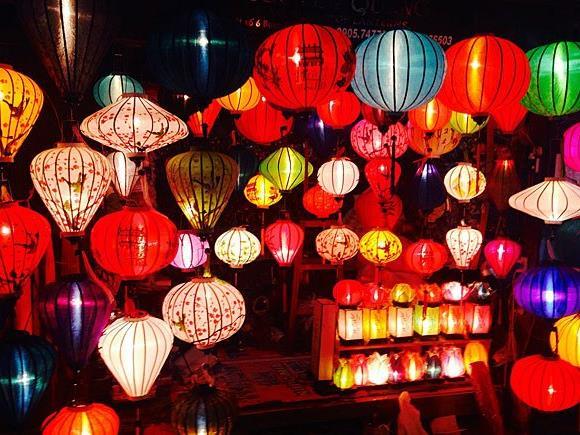 Leuchtende Laternen auf der Donauinsel: Europapremiere des Luno Festivals von 1. September bis 9. Oktober 2016
