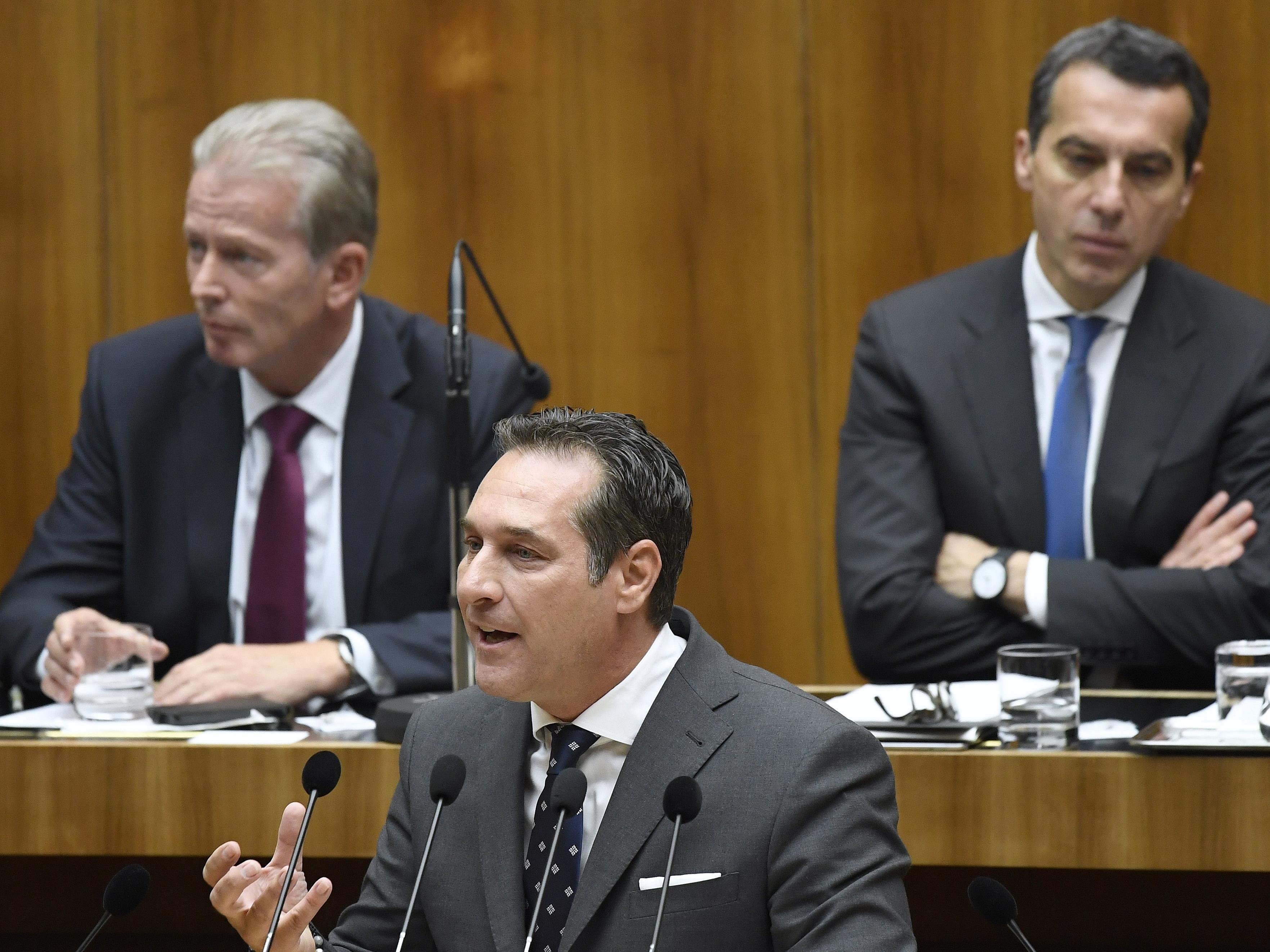 Mitterlehner: Gemeinsam gegen internationalen Terrorismus kämpfen - Kurz: Barbarischer Akt.