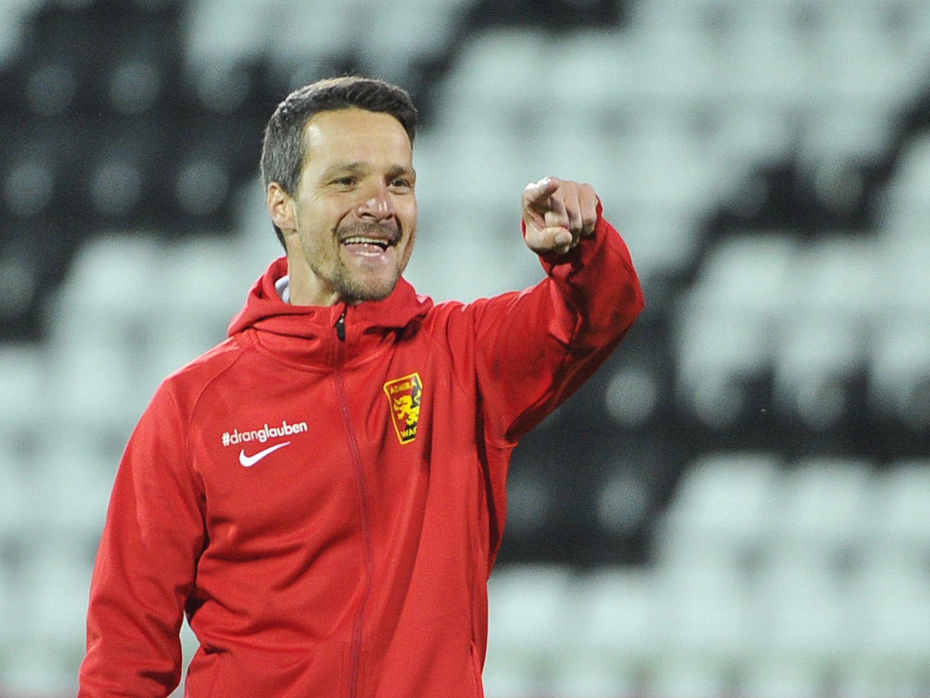 Admira-Trainer Oliver Lederer freut sich über Neuzugang Ante Roguljić.